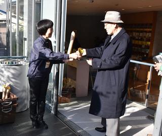 blog-菜の花お渡し0212.jpg